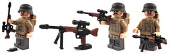 FG42 (it) Tags: world war lego 5 five pack punch zombies cod waw fg42 brickarms fallschrimjager