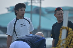 DSC_0057 (mechiko) Tags: 横浜ベイスターズ 120209 新沼慎二 鶴岡一成 横浜denaベイスターズ 2012春季キャンプ