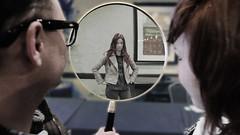 Waiting (Hanpa_etc) Tags: cosplay magnifyingglass doctorwho convention gallifreyone amypond