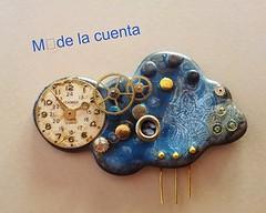 Una nube/ A cloud (Ms de la cuenta) Tags: broche watches handmade brooch jewelry bijoux jewellery polymerclay clay artesania complementos hechoamano arcilla arcillapolimerica flickrandroidapp:filter=none