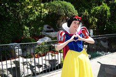 Snow White's heart (EverythingDisney) Tags: heart princess disneyland disney snowwhite disneyland4152012