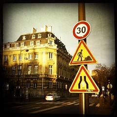 Paris, quai Conti (berardici) Tags: warning panneau travaux cadrenoir iphone4 hipstamatic bigupfilm filmbigup libatique73lens libatique73bigup bigupcadrenoir libatique73cadrenoir objectiflibatique73