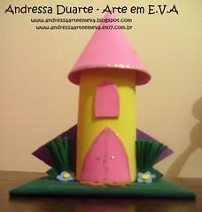 Enfeite de mesa Castelo (Andressa Duarte Artesanato em E.V.A) Tags: eva castelo carros convite madagascar bailarina baleiro festainfantil lembrancinha enfeitedemesa enfeitesdemesa chádefralda