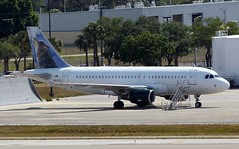 N933FR - A319-111 (Charlie Carroll) Tags: tampa florida tampainternationalairport ktpa