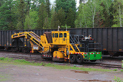 The Quicker Pellet Picker Upper (view2share) Tags: railroad travel trees mi yard train spring track michigan critter transport may tracks machine cleanup rail railway rr trains roadtrip transportation maintenance mow rails van conveyor spill upperpeninsula ore hopper freight northwood partridge railroaders springtime railroads northwoods pellets uppermichigan 2016 pellet railroading northernmichigan marquettecounty hoppercar rring trackage maintenanceofway ballastcleaner oretrain trackmaintenance yardcleaner ironorepellets marquetterange marquetteironrange oreline partridgesiding orepellets knoxkershawinc may2016 deansauvola may292016 cn68629 kyc550 pelletpicker
