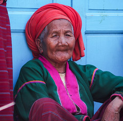 Woman, Painne Pin village, Kalaw, Myanmar (malithewildcat) Tags: woman burma myanmar kalaw hillvillage painepin