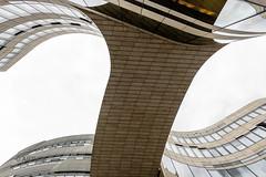 K-Bogen Brcke (ARTUS8f) Tags: flickr daniel architektur libeskind dsseldorf bogen kurve modernearchitektur