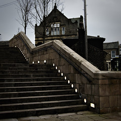 THE CONSERVATIVE CLUB (JEFF CARR IMAGES) Tags: overcast glossop towncentre nwengland 26feb12