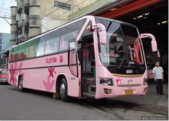 GV Florida GD23 (bhettina limchu) Tags: pink bus florida philippines manila ilocos hino laoag norte rm gv grandeza 2x2 executiveclass restroomequipped widesuspension gd23