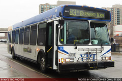 YRT9932_20120312_IMG_1326 (R. Flores) Tags: york bus buses america floor diesel low north 1999 commercial transit orion chrysler region vi industries daimler yrt 06501 dccbna