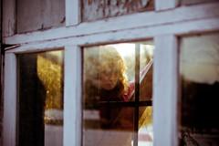 Erin_9630 (aepoc) Tags: sunlight reflection window glass erin aepoc 35l