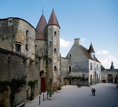 Châteauneuf-en-Auxois (StefanoPiemonte) Tags: borgogne châteauneufenauxois stefanopiemonte chateauneauf france2011borgognacastellifortezzefrancia