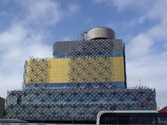 The Library of Birmingham - Broad Street (ell brown) Tags: greatbritain england bus birmingham unitedkingdom constructionsite buildingsite westmidlands birminghamuk mecanoo broadst centenarysquare mecanooarchitecten nationalexpresswestmidlands libraryofbirmingham thelibraryofbirmingham shakespearememorialroom
