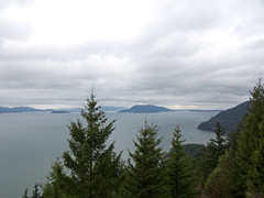 Samish Bay and the San Juan Islands (Urban Disturbance) Tags: usa washington hiking pacificnorthwest oysterdome chuckanutdrive chuckanutmountains
