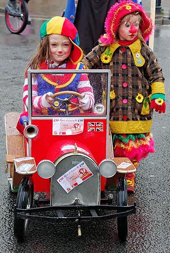 Clowns international - Bee-Bee and Sunflower