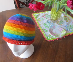 Rainbow gorro (Pattygloria) Tags: hat arcoiris rainbow gorro handmade crochet colourful ganchillo