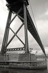 Lions gate bridge, Vancouver (Miche & Jon Rousell) Tags: bridge blackandwhite bw canada vancouver downtown bc britishcolumbia northshore burrardinlet stanleypark lionsgatebridge suspensionbridge