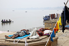 Sleeping Dhobi Wallahs (Dick Verton ( more than 13.000.000 visitors )) Tags: travel sleeping india boats waiting asia streetlife streetscene varanasi streetview ganges ghats laying streetshot laundries dhobiwallah dickverton