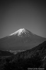 2016 05 05 - 064132 0 Canon EOS 6D (ONLINED1782A) Tags: monochrome canon landscape eos 富士山 mtfuji 6d ef70200mmf4lisusm