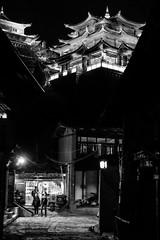 (Anwen2010) Tags: china street bw monochrome night temple fuji buddhism shangrila tibetan yunnan xe2