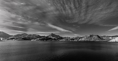 Embalse del Porma (AvideCai) Tags: blancoynegro agua paisaje bn cielo nubes sigma1020 avidecai