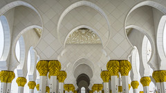 Columns (Bartholomew K Poonsiri) Tags: white building islam religion uae middleeast wideangle mosque structure abudhabi sheikhzayedgrandmosque sonyepz1650mmf3556oss sonyilce6000