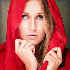 Perfect in red (Tommy Hyland) Tags: red portrait woman green beautiful beauty face female studio person one model eyes holding veil little feminine indoor lips riding human littleredridinghood cover covered hood caucasian coveredbeauty