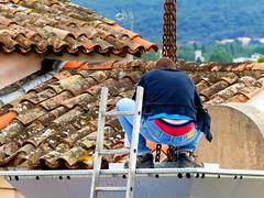 (MAGGY L) Tags: dmcfz200 ctedazur sud mditerrane chelle couvreur slip toits tuiles