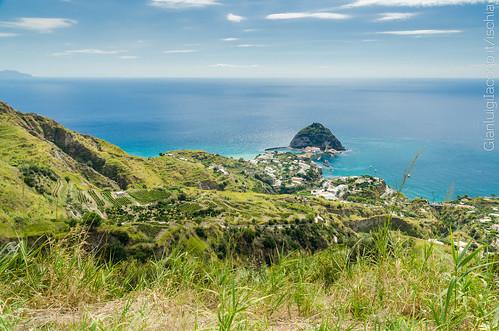 L'isolotto di sant'Angelo dal belvedere di Serrara Fontana - Isola d'Ischia