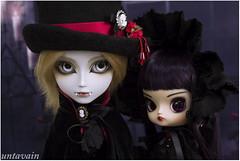 Vampire siblings (untavain) Tags: doll gothic vampires