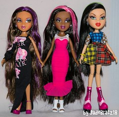 New Dolls 17.06.2016 (JadeBratz18) Tags: bratz passion4fashion passion fashion fashiondoll long hair featherageous sasha yasmin hello name is jade hmni itsgoodtobeabratz itsgoodtobearealbratz feather goddess goddessmode jadebratz18