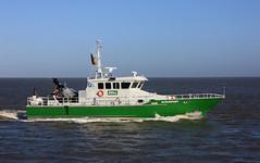 GLÜCKSTADT (Wolfgang.W. ) Tags: coastguard boot boat ship vessel schiff cruiser elbe küstenwache zoll cuxhaven glückstadt zollkreuzer costomscruiser germanfederalcoastguard