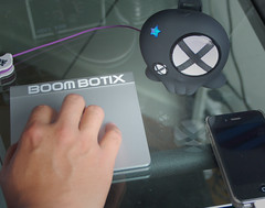 Apple Magic TrackPad (Boombotix) Tags: dock boombox musicplayer jambox portablespeakers xmini minispeakers travelspeaker iphonespeaker