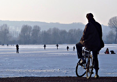 late afternoon, port meadow (venetia 27) Tags: winter snow ice cyclist oxford portmeadow