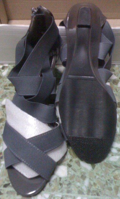 BRAND NEW MITJU grey wedge