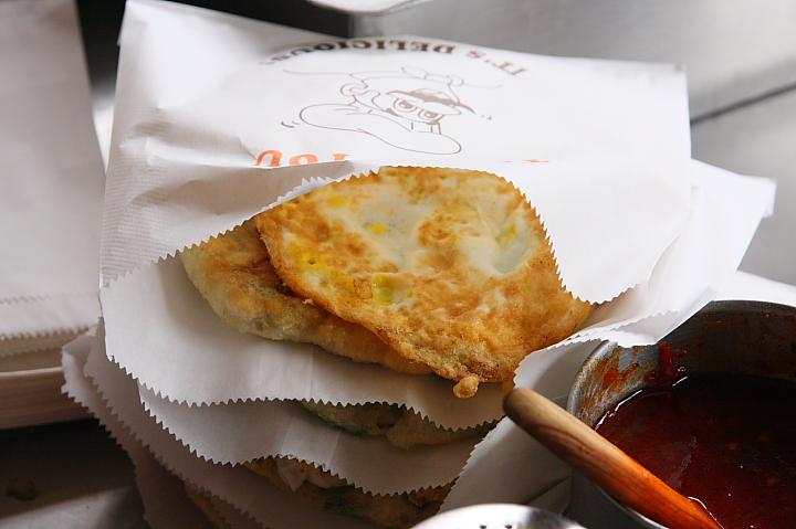 味珍鄉卜肉店前(三星蔥油餅)0009