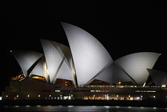 Opera House (J.D Chen ) Tags: christmas trip travel summer vacation house holiday nikon opera tour au working sydney australia nsw newsouthwales merry operahouse merrychristmas nite   backpackers whv d80  workingholidayvisa