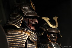 Yoshimitsu and Friend (MakiPix) Tags: paris france art photography photo europe noir or muse samurai asie guerre protection japon masque onair artisanat armure tokugawa mdival quaibranly makipix 18mpix