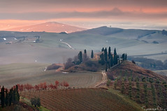 The Thin Red Line (Tommaso Renzi) Tags: tuscany sanquiricodorcia poderebelvedere