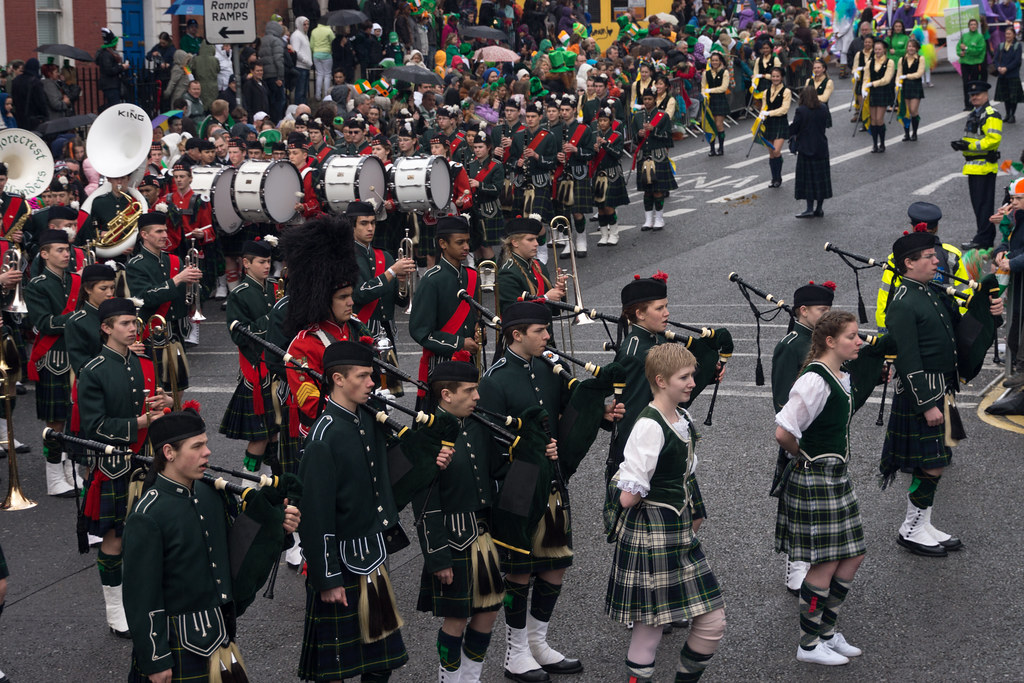 Shorecrest Highlander Marching Band, Washington (USA) - Patrick's Festival 2012