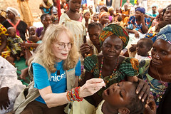 NEWS: Mia Farrow promotes polio eradication (UNICEF HQ) Tags: unicef children child chad unitednations polio childrensrights childrights