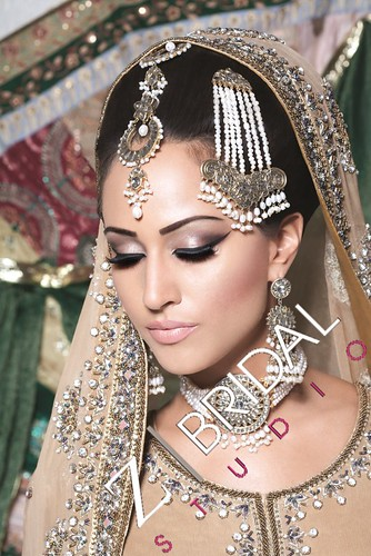 "Z Bridal Makeup 34 • <a style=""font-size:0.8em;"" href=""http://www.flickr.com/photos/94861042@N06/13904212455/"" target=""_blank"">View on Flickr</a>"