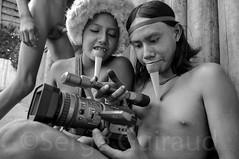 Zo'é (guiraud_serge) Tags: brazil brasil amazon tribes labret brésil zoé amazonia tribu amazonie tribos povosindigenas portraitindien enfantindien poturu sergeguiraud jabiruprod ornementscorporels