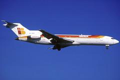 Iberia B727-256 EC-DCC BCN 08/02/1997 (jordi757) Tags: barcelona nikon airplanes bcn kodachrome boeing f90x iberia kodachrome64 avions 727 elprat b727 lebl b727100 ecdcc
