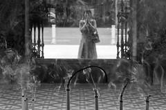 Thian Hock Keng (Kaobanga) Tags: china blackandwhite bw blancoynegro temple singapore praying chinese buddhism el bn singapur templo incense sandalwood keng s hock xinesa blancinegre budismo budista incienso encens rezando ms budisme thianhockkeng thian  canon1635 kaobanga resant canon5dmkii sndalo canon5dmk2 canon5dmarkii sndal aresantasingapurthianhockkengseltemplebudistamsanticdelapoblacixinesadesingapurrezandoensingapurthianhockkengeseltemplobudistamsantiguodelapoblacinchinadesingapurprayinginsingaporethianhockkengistheolde