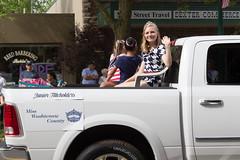 Miss Washtenaw County Junior Titleholders, 2015 (marylea) Tags: memorialday 2015 may25 memorialdayparade misswashtenawcounty juniortitleholders