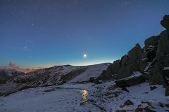 'Glyderau Moonset' - Glyder Fach, Snowdonia (Kristofer Williams) Tags: sky moon snow mountains ice wales night stars landscape twilight nightscape dusk snowdonia moonset glyders glyderfach glyderau