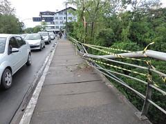 carro cai blumenau (6) (JAIME BLUMENAU SC) Tags: rio acidente capotamento blogdojaime caiunorio carrocaiunorio