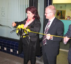 "Officially opening my Parkhead Constituency Office with Elaine C Smith • <a style=""font-size:0.8em;"" href=""http://www.flickr.com/photos/78019326@N08/6835711654/"" target=""_blank"">View on Flickr</a>"
