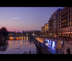 Berlin, Spree Promenade and DDR (GDR) Museum (Photofreaks) Tags: berlin museum germany geotagged promenade ddr bluehour spree adengs wwwphotofreaksws shopphotofreaksws geo:lat=52518959 geo:lon=13402448